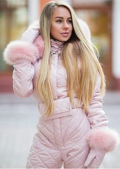 Pink, Sky Blue & Gray Goose Down Fur Ski Suit – zickera - Daily Fashion Chic Outfits, Trendy Outfits, Fashion Outfits, Fur Fashion, Winter Fashion, Fashion Trends, Daily Fashion, Ski Jumpsuit, Outfit Invierno