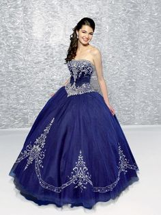 Royal blue quince dress i love the design !!! :)very cuteeeeeeeeeeee!