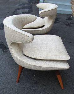 Pair of Karpen Horn Chairs - beautiful design! Funky Furniture, Vintage Furniture, Furniture Design, Furniture Outlet, Office Furniture, Mid Century Modern Design, Mid Century Modern Furniture, Mid Century Modern Chairs, Mid Century Sofa