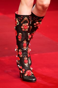 Dolce & Gabbana Spring 2015 Ready-to-Wear - Collection - Gallery - Look 49 - Style.com