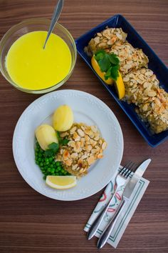 Mandelfisk Zeina, Fish And Seafood, Fish Recipes, Ramen, Zucchini, Lunch, Breakfast, Ethnic Recipes, Dinners