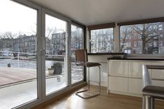 Modern interieur woonschip | Architect Amsterdam