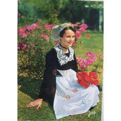 Folklore Bretagne Costume De Carhaix