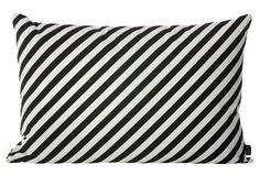 kussen met funky zwart/wit print (60x40 cm) Ferm Living | kinderen-shop Kleine Zebra