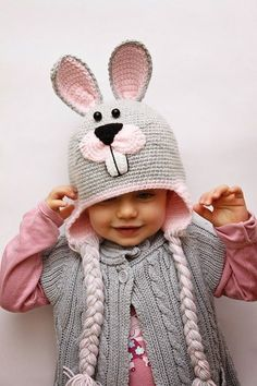 Baby Beanie Knitting Models,, We have prepared beautiful models. Baby beanie knitting patterns but you can increase the number according to the age group Poncho Crochet, Bonnet Crochet, Crochet Cap, Crochet Bunny, Crochet Beanie, Crochet Animal Hats, Crochet Kids Hats, Baby Hats Knitting, Knitted Hats
