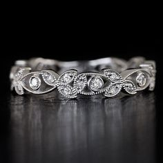 1920s ROUND DIAMOND BEZEL WEDDING BAND FILIGREE RING VINTAGE FLORAL ART DECO