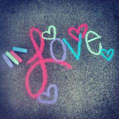 Chalk art ideas for kids side walk 24 Ideas for 2019 – Diy Poject Ideas Chalk Art Quotes, Chalk Holder, Sidewalk Chalk Art, Sidewalk Ideas, Chalk Design, Chalk Wall, Chalk It Up, Chalkboard Art, Art Projects