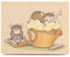 Amazon.com: Stampabilities House Mouse Wood Mounted Rubber Stamp: Birthday Cupcake: Arts, Crafts & Sewing