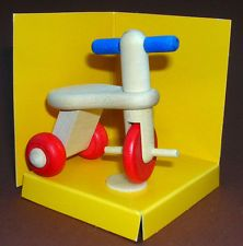 Dreirad für Kinderzimmer von Bodo Hennig für die Puppenstube Miniatur 5 x 4,5 cm