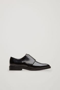 Velcro brogue shoes