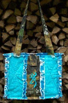 camo purse with turquoise   Mossy Oak Camo Camouflage Turquoise Buck Deerhead Purse