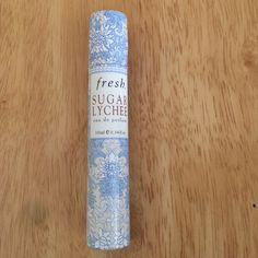 Fresh Sugar Lychee Eau de Parfum 10 ml Rollerball used once on clean wrists, it was a Christmas present and gave me an instant migraine, shame. Fresh Other
