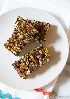 Absolutely Love These Paleo Nut Bar Recipe with Chocolate Drizzle on ASpicyPerspective.com