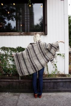 Campfire Blanket Scarf by Two of Wands // Free Knitting Pattern // Oversized Plaid Blanket Scarf Wrap Fringe // Lion Brand Fishermen's Wool Yarn