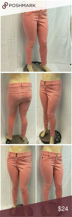 """40% BUNDLE DISCOUNT! FREE SHIPPING ON BUNDLES!! *Plus* TORRID Skinny Jeans, size 16 See Measurements, 2"""" wide waistband with 3 buttons, buttery soft stretchy material, machine washable, 54% cotton, 29% rayon, 15% polyester,  2% spandex, approximate measurements: 19.5"""" waist laying flat, 30"""" inseam, 3"""" zipper, 11.5"""" rise. ADD TO A BUNDLE!  40% BUNDLE DISCOUNT! FREE SHIPPING ON BUNDLES!! ?OFFER? $6 LESS ON BUNDLES! Only ?offers? of $6 less on Bundles for shipping reimbursement. Torrid  Jeans…"""