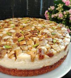 Tadı damağınızda kalacak muhteşem bir pasta! İncirli Karamelli pasta Sultan, Camembert Cheese, Cake, Food, Kuchen, Essen, Meals, Torte, Cookies
