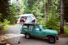 星空の下、焚き火をしながらするキャンプは最高だ。 しかし、普通のキャンプに飽きてしまった方も多いのではないか。キャンプの醍醐味はテントをベースにした衣食住だが、設営場所はいつだって地面の上。それでは、