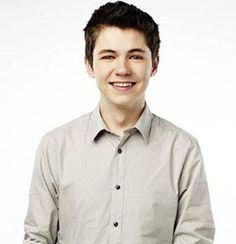 Damian McGinty, co-winner of The Glee Project Season 1    (http://tv.broadwayworld.com/upload7/266476/glee1.jpg)