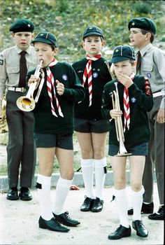 Church parade cub scouts from the early Cute Teenage Boys, Cute Boys, Kids Boys, Boy Scouts, Grey School Shorts, Guides Uniform, Cub Scout Uniform, Boys Short Suit, Girl Scout Sash