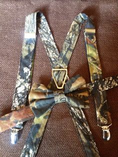 Boys camo mossy oak real tree bow tie and by JustaPiddlin on Etsy, $25.00