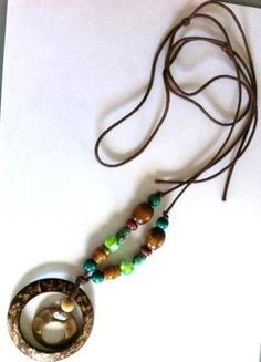 A vendre sur #vintedfrance ! http://www.vinted.fr/accessoires/colliers/15946028-grand-collier-sautoir-bois-et-metal