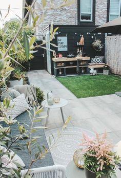 Garden Deco, Terrace Garden, Outside Living, Outdoor Living, Back Gardens, Outdoor Gardens, Back Garden Design, London Garden, Small Backyard Landscaping