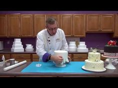 http://globalsugarart.com In this video Chef Alan Tetreault, of Global Sugar Art, shows how to create stunning patterns on the sides of your cake using Marve...
