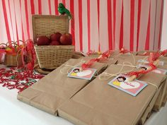 Snow White Party Party Favors  #snowwhite #partyfavors