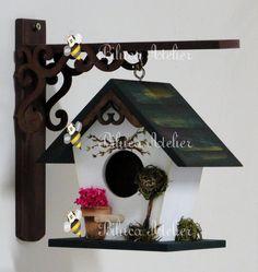 Decorative Bird Houses, Bird Houses Painted, Bird Houses Diy, Fairy Garden Houses, Diy Craft Projects, Wood Projects, Diy And Crafts, Bird House Feeder, Birdhouse Designs