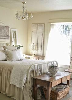 20 Beautiful Farmhouse Master Bedroom Ideas