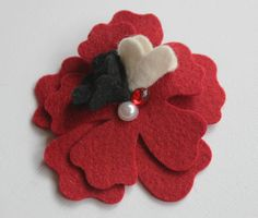 Wool felt hair clips www.yanssen.com