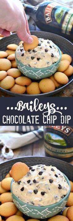 This Baileys Chocolate Chip Dip is sweet creamy and packed. This Baileys Chocolate Chip Dip is sweet creamy and packed with the delicious taste of Baileys Irish Cream! Perfect for dipping cookies fruit or eating by the spoonful! Dessert Dips, Dessert Parfait, Dessert Recipes, Fruit Dessert, Think Food, Love Food, Dip Recipes, Baking Recipes, Recipies