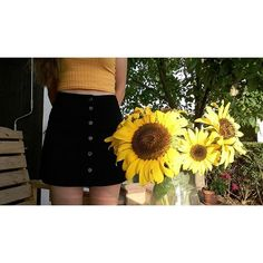 nargiz_natalia/2016/11/26 09:17:04/you made flowers grow in my lungs and although they are beautiful, I can't breathe.🌻 #the1975#arcticmonkeys#lanadelrey#nirvana#kurtcobain#alexturner#grunge#softgrunge#theneighbourhood#mattyhealy#lizzygrant#jesserutherford#mayjailer#sunglasses#troyesivan#palms#paradise#sky#ldr#borntodie#honeymoon#sunflowers#skirt#art#quote#lolita