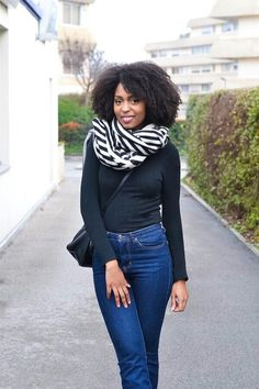 Oversize scarf lirons d'elle blog vanessa #Blogueuse afro #blogueuse #france #natural hair #team natural #mode #look #basic #simple #look #mode#trend#kinky #curly #hair #wash and go #kinky coily #hair #4a #4b #afro