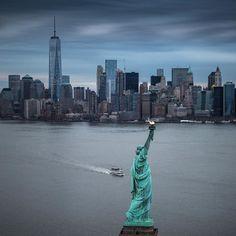 New York City Feelings - New York City by @davidlacombenyc | @flynyon