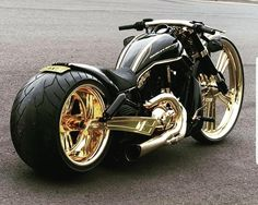 Harley Davidson V-Rod 360 Hinterreifen - - # CarsandMotorcycles - Baby shower .Harley Davidson V-Rod 360 rear tire - - # CarsandMotorcycles - Baby shower deko - Harley Davidson V Rod, Harley Davidson Motorcycles, Harley Davidson Italia, Vrod Harley, Harley Bikes, Harley Gear, Custom Choppers, Custom Harleys, Custom Bobber