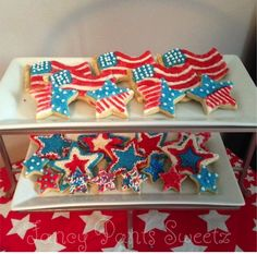 Forth of July Cookies Bundle #customcookies #cookies #forthofjulycookies #fancypantssweetz #columbus #forthofjuly #theforth #july #USA #red #white #blue #redwhiteandboom #flag #strips #stars
