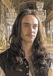 9/07/17  4:36a ''Versailles'' George Blagden as Louis XIV Versailles TV Drama 2015