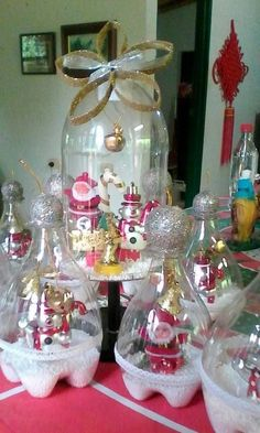 creative snowman christmas decoration ideas for your home page 18 Rose Gold Christmas Decorations, Christmas Crafts To Make, Christmas Makes, Diy Christmas Tree, Christmas Projects, Holiday Crafts, Christmas Ornaments, Plastic Bottle Crafts, Free Images