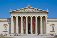The Glyptothek in Munich, designed by Leo von Klenze and built an example of Neoclassical architecture. New Classical Architecture, Roman Architecture, Ancient Architecture, Munich, Classical Antiquity, A Level Art, Neoclassical, Natural Life, Postmodernism