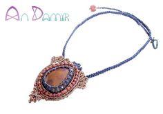Lirio macrame necklace