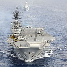 MUST READ FACTS: Aircraft carrier INS Viraat turns 25 #India