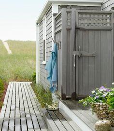 outdoor shower - Nantucket cottage