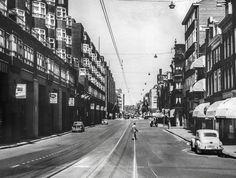 Vijzelstraat, juni 1960. De woningen aan de ...
