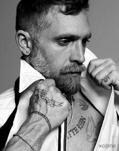 beard, tattoos, ink, men's fashion, fashion, style, black and white, tres chic
