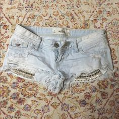 LOWERED THE PRICE! Hollister pocket exposed shorts Obsessed with these! Selling because they are too small on me now. Good condition except for two studs that fell off. Hollister Shorts