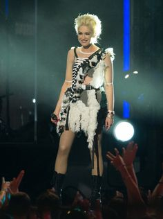 When She Had the Coolest Feathered 'Do Ever - All the Times Gwen Stefani Was a Total Trendsetter - Photos