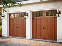 Small spaces and garage organization hacks. How do you organize a two car garage. Small spaces and garage organization hacks. How do you organize a two car garage? Garage House, Carriage House Garage Doors, Craftsman Garage Door, Custom Garage Doors, Diy Garage Door, Modern Garage Doors, Wood Garage Doors, Garage Door Makeover, Garage Art