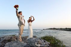 Linnea and Sean, along with their friends and family, celebrated their perfect beach wedding in Tulum.