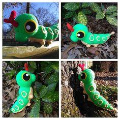 Ravelry: Caterpie Plush - free crochet pattern by Morleigh Menagerie Pokemon Crochet Pattern, Plush Pattern, Free Pattern, Crochet Patterns, Crochet Round, Free Crochet, Knit Crochet, Crochet Monsters, Crochet Animals